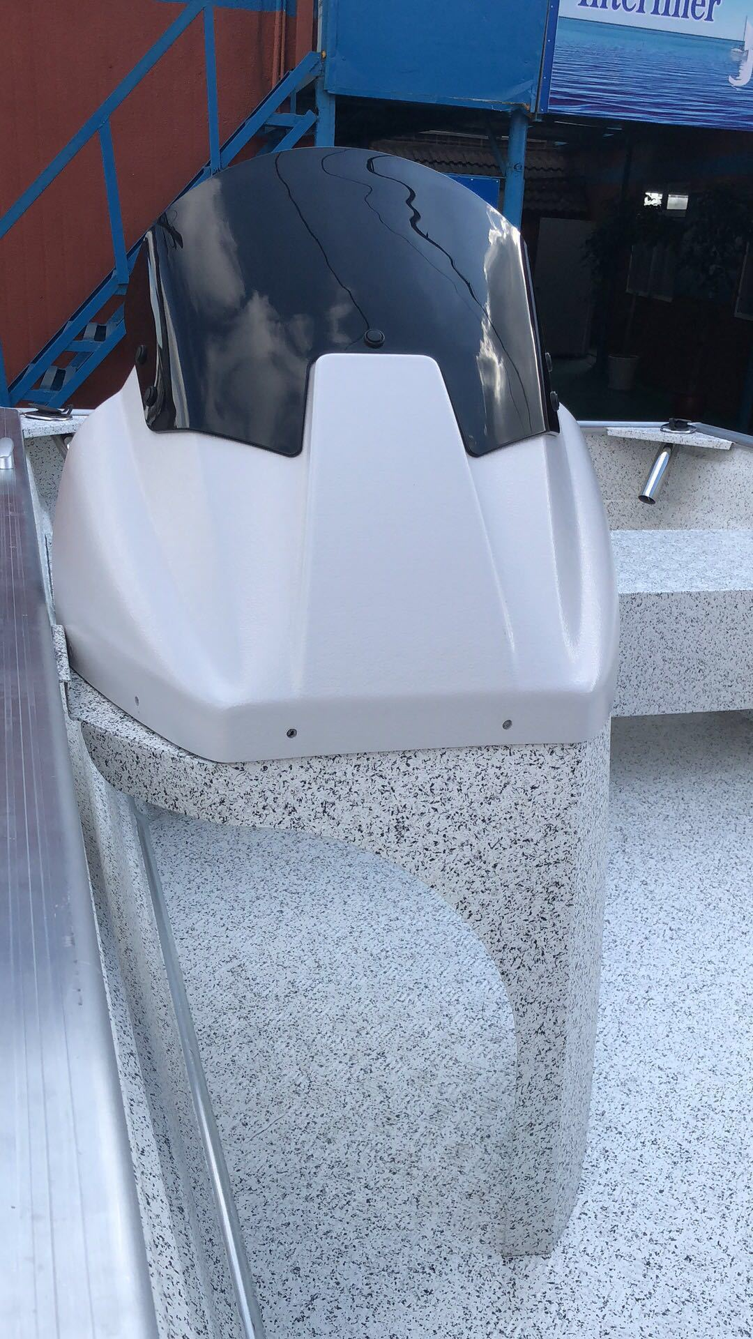 Side_console_6